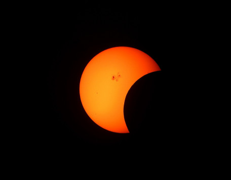 partial solar eclipse 1154215 1920
