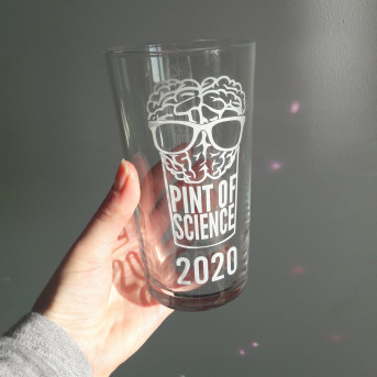Pint glass 20